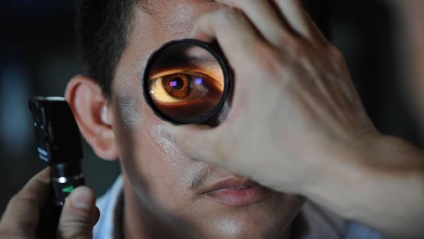 8 Long-Term Vision Problems after LASIK Surgery